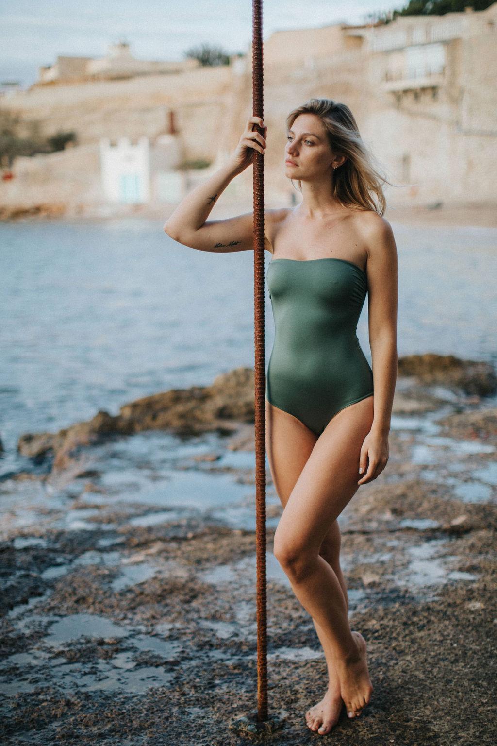 maillot de bain une pièce coresponsable et réversible kaki